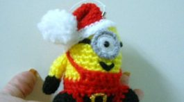 minion-adorno-navidad-crochet-otakulandia.es