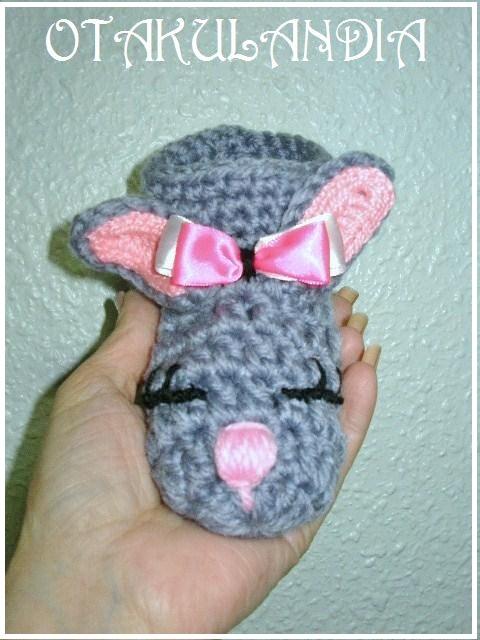 alpargatas-conejita-crochet-otakulandia.es