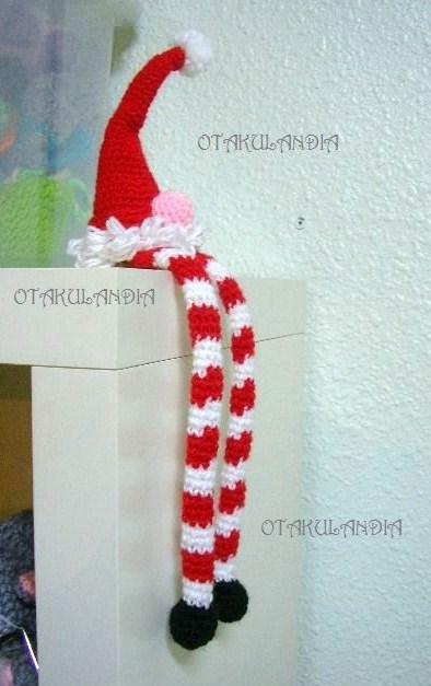 elfo-patas-largas-crochet-navidad-otakulandia.es