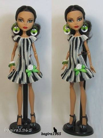 vestido-muneca-crochet-otakulandia.es (1)