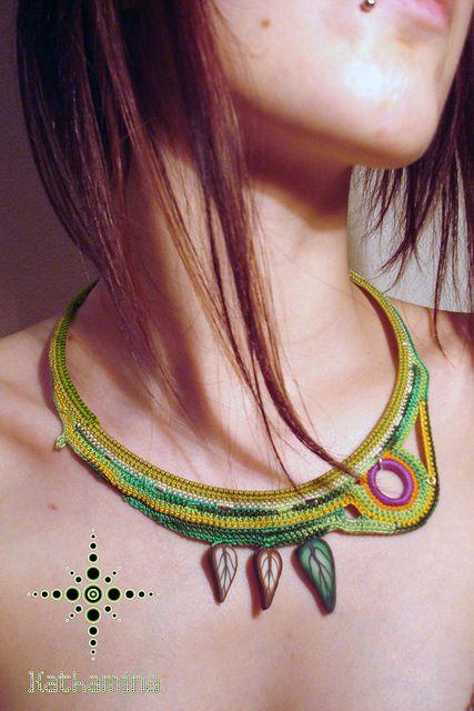 lindo collar crochet-otakulandia.es (8)