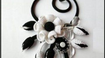bellas-joyas-de-crochet-otakulandia.es-1-223x300