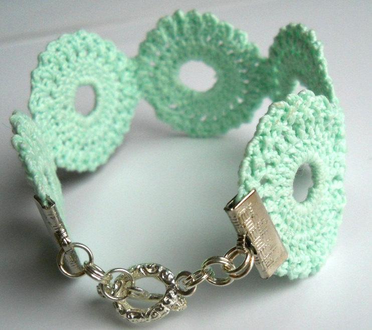 bellas joyas de crochet-otakulandia.es (44)