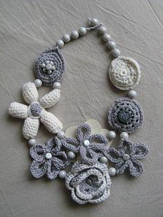 bellas joyas de crochet-otakulandia.es (49)