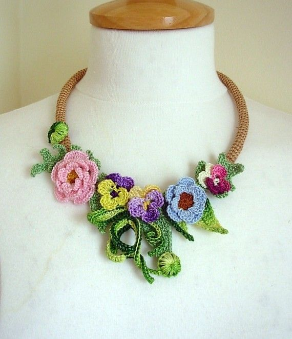bellas joyas de crochet-otakulandia.es (54)
