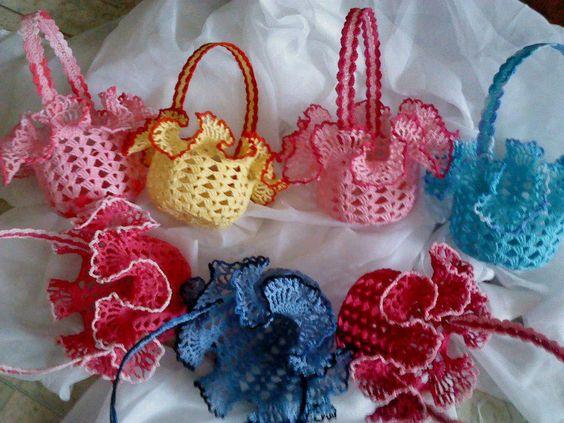 boda recuerdos-souvenirs-bolsa bombones-peladillas-crochet-otakulandia.es (23)