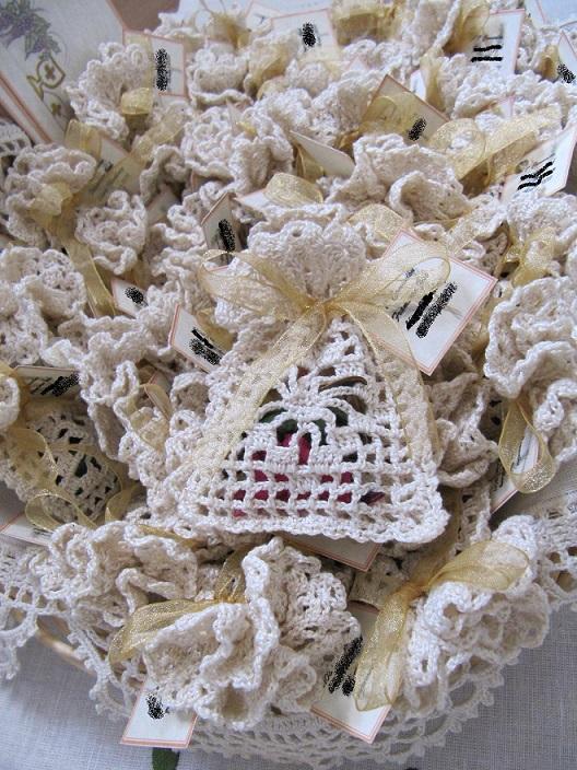 boda recuerdos-souvenirs-bolsa bombones-peladillas-crochet-otakulandia.es (36)