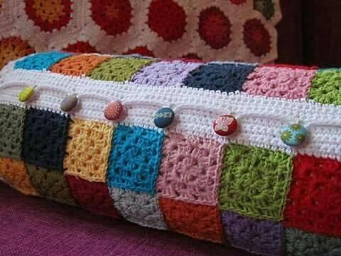 cojines bonitos y practicos crochet-otakulandia.es (10)