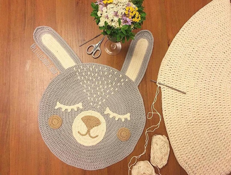 alfombra crochet-pompon-otakulandia.es (22)