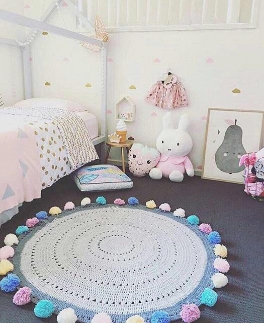 alfombra crochet-pompon-otakulandia.es (27)