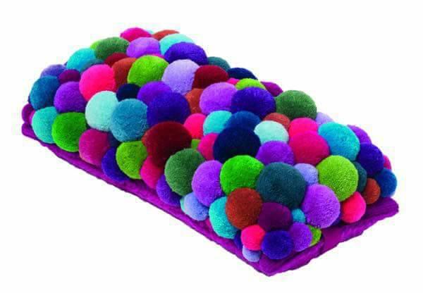 alfombra crochet-pompon-otakulandia.es (33)