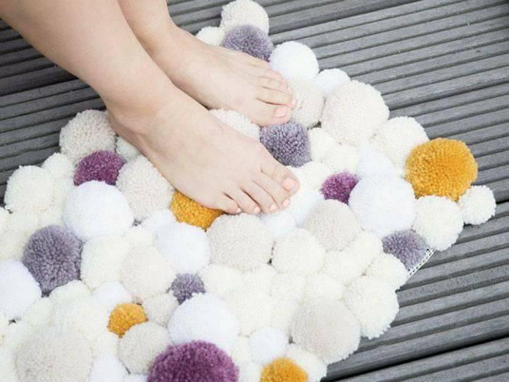 alfombra crochet-pompon-otakulandia.es (39)