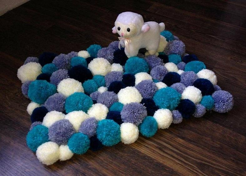 alfombra crochet-pompon-otakulandia.es (48)