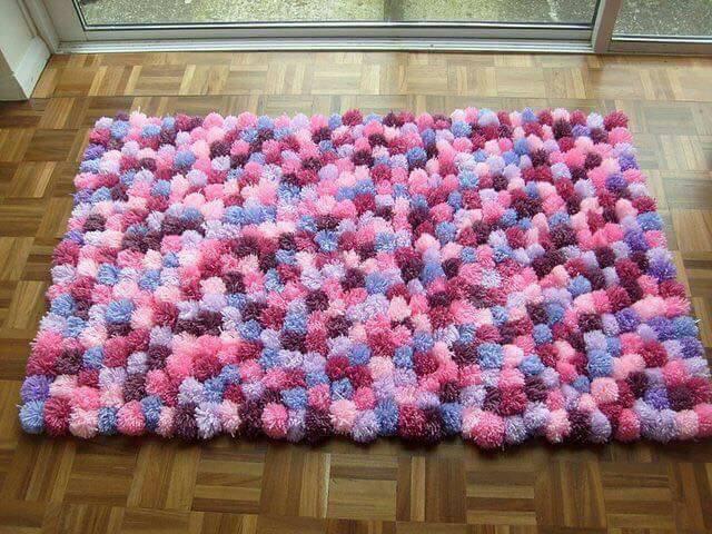 alfombra crochet-pompon-otakulandia.es (56)