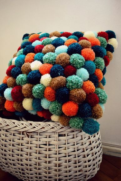 alfombra crochet-pompon-otakulandia.es (68)