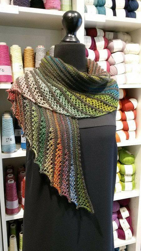 bufanda-foulard-crochet-otakulandia.es (3)