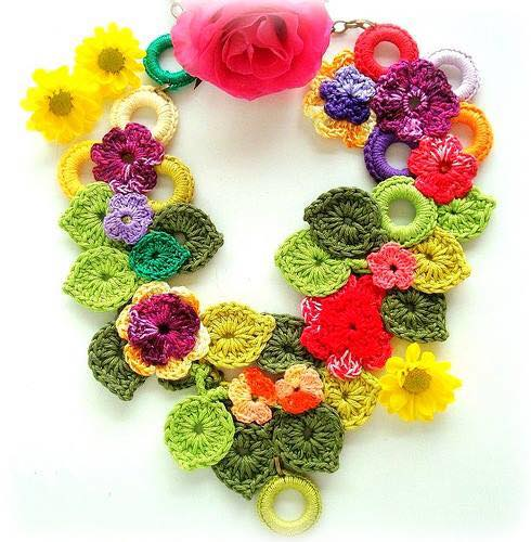 collar crochet-otakulandia.es  (2)