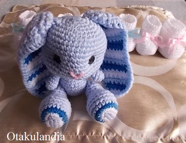 baby blue conejito crochet-otakulandia.es