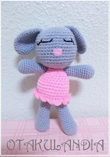 conejita dormilona crochet-otakulandia.es