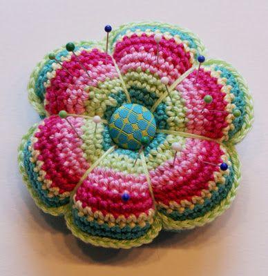 alfiletero original crochet-otakulandia.es