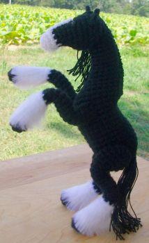 figura animal realista crochet-caballo-otakulandia.es