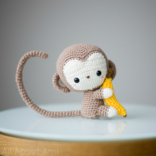 monito paso a paso crochet-otakulandia.es