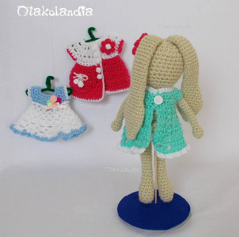 conejita con vestidos-crochet-otakulandia.shop (10)