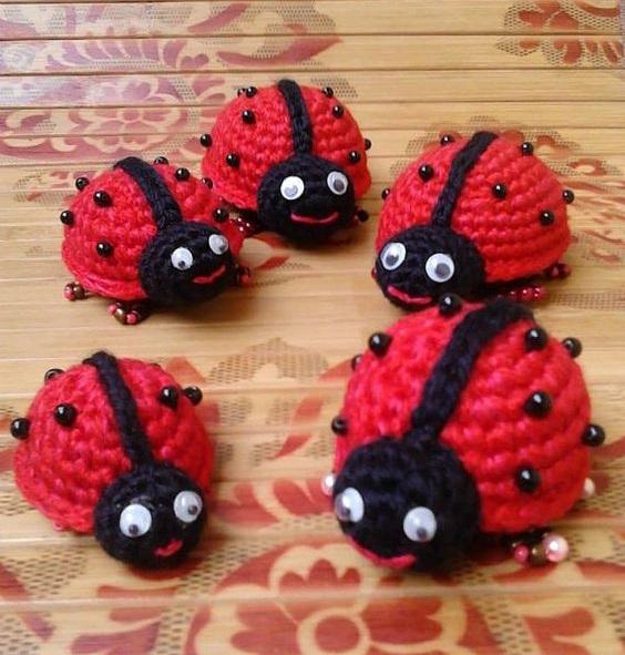 escarabajo crochet-otakulandia.es (4)