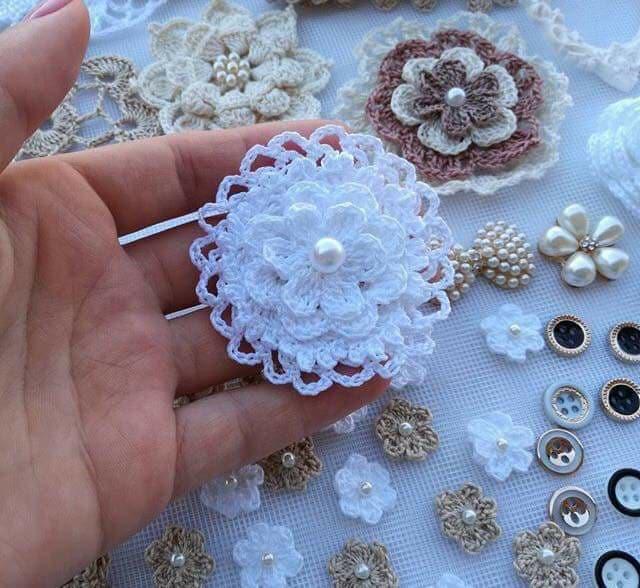 flores apliques crochet-otakulandia.e (24)
