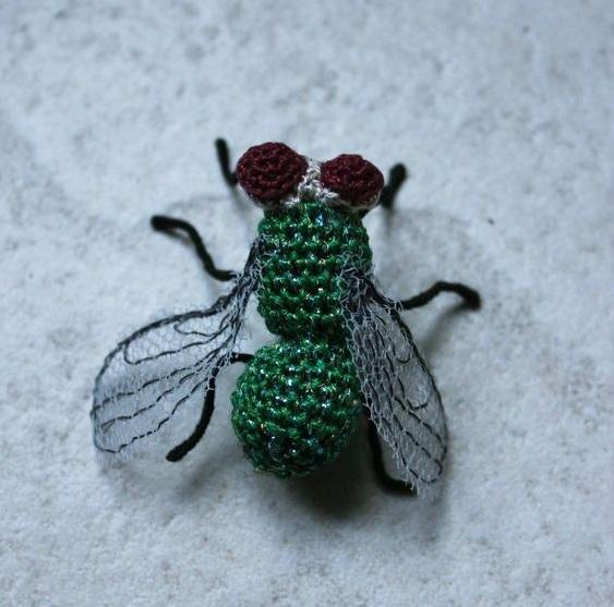 mosca amigurumi-otakulandia.es