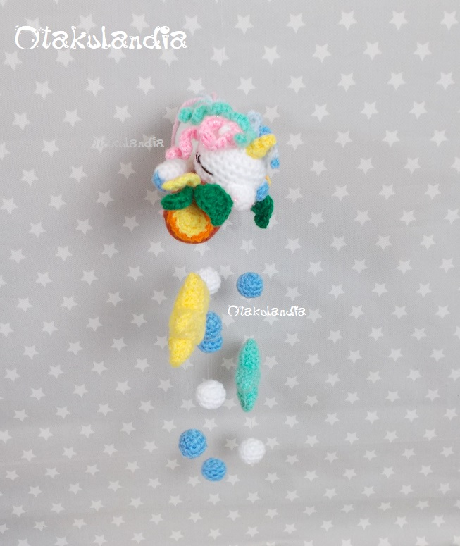bebe unicornio-movil cuna-crochet-otakulandia.shop (3)