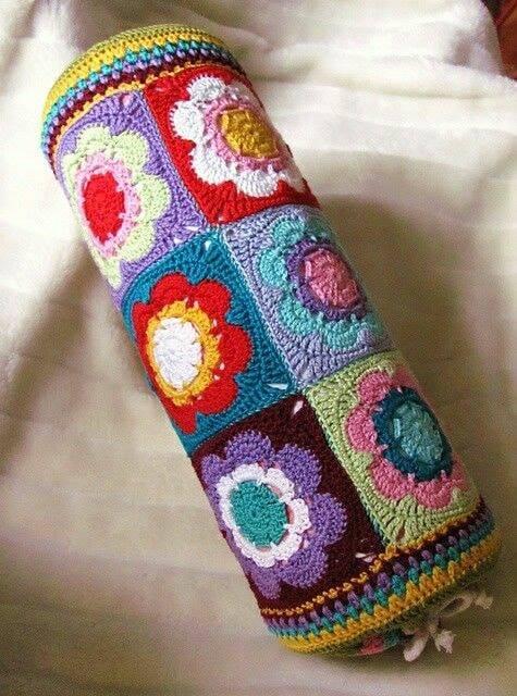 cojines-cubrepuertas-puff-crochet-otakulandia.es (13)