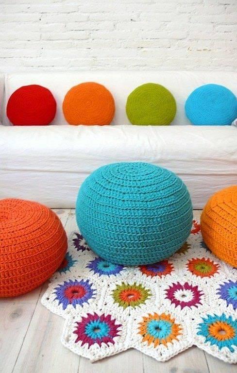 cojines-cubrepuertas-puff-crochet-otakulandia.es (17)