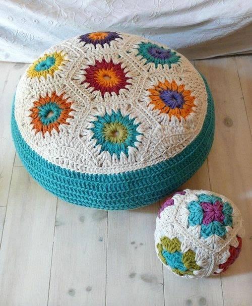 cojines-cubrepuertas-puff-crochet-otakulandia.es (18)