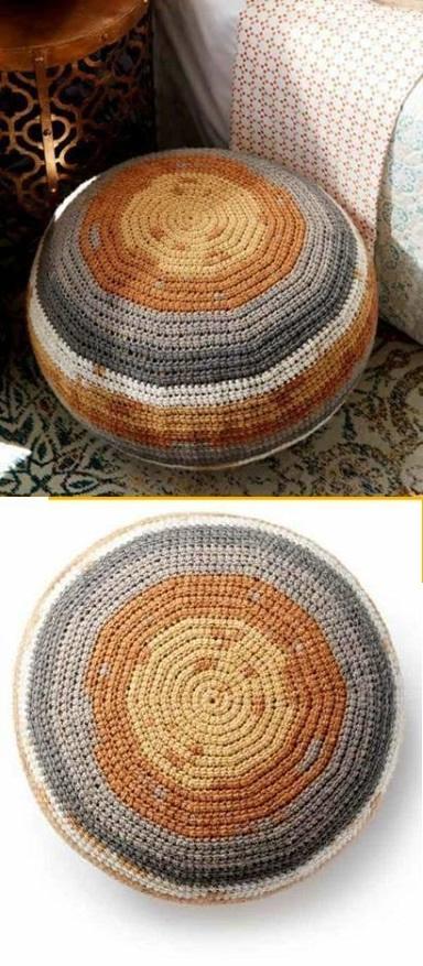 cojines-cubrepuertas-puff-crochet-otakulandia.es (22)