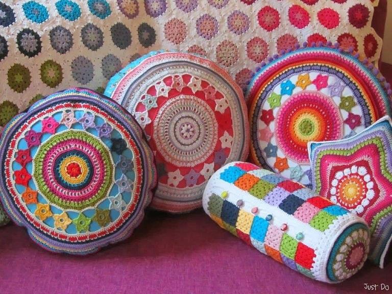 cojines-cubrepuertas-puff-crochet-otakulandia.es (25)