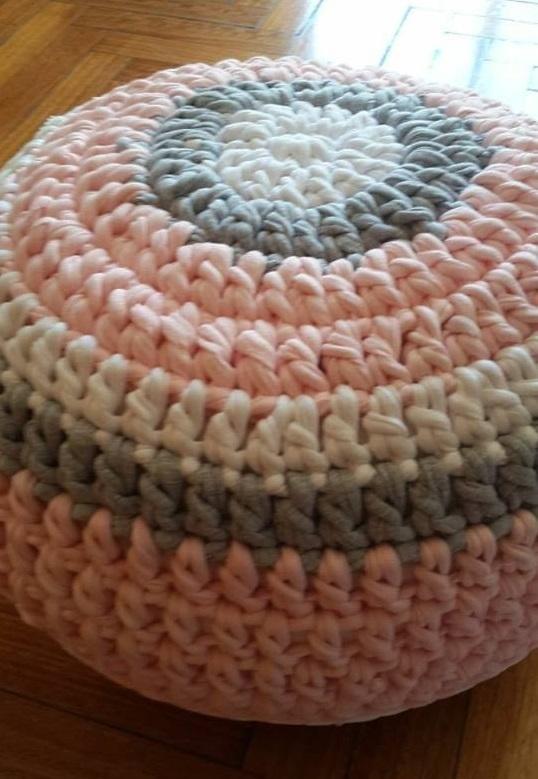 cojines-cubrepuertas-puff-crochet-otakulandia.es (9)