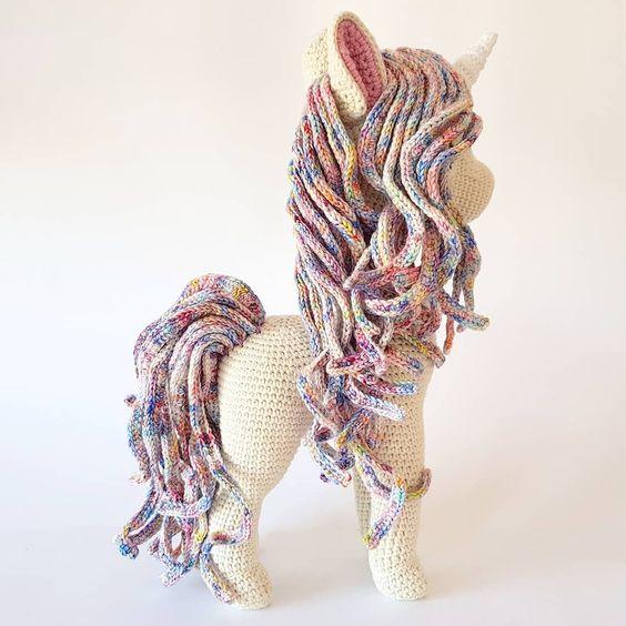 unicornio amigurumi-otakulandia.es